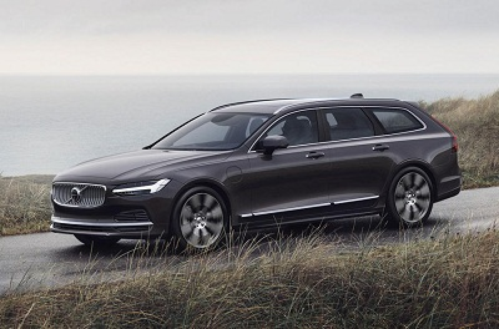 Volvo ditches petrol and diesel engines on S90, goes hybrid-only